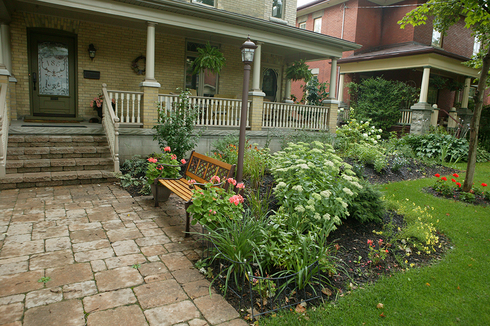 native flowers hydrangea stratford ontario Formal garden Linear style Pondless stream Curb appeal; Postage stamp garden Permacon Melville Pavers